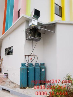 Hệ thống hút mùi giúp gian bếp thoáng mát, hệ thống gas được trang bị an toàn