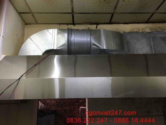Hệ thống hút mùi thông thoáng đảm bảo vệ sinh và từ đó người làm việc trong bếp cũng có cảm hứng hơn